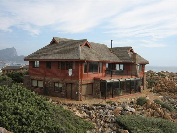 Buying Coastal Properties Online