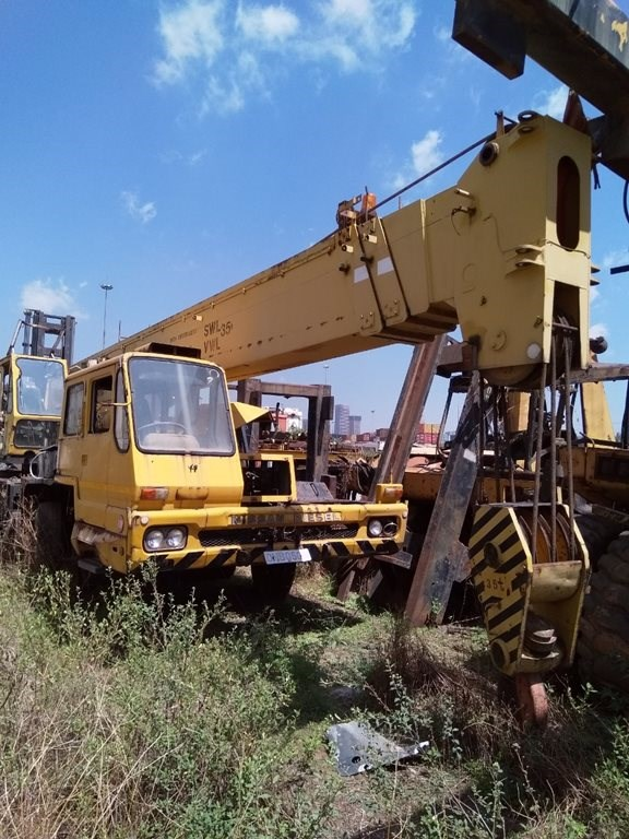 DAY 2 - REDUNDANT ONLINE DISPOSAL AUCTION: MINING EQUIPMENT & MAKHUBU LOGISTICS (UNDER SUPERVISION)