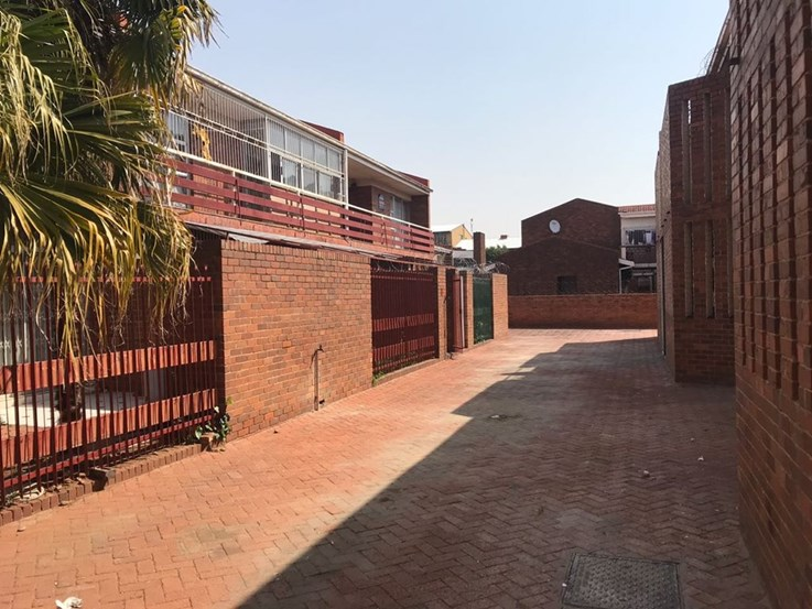Online Estate Late Multiple Property Online Auction - Bloemfontein