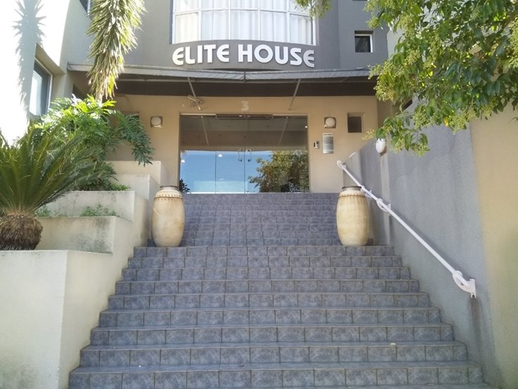 LIQUIDATION PROPERTY AUCTION: ELITE PROPERTY INVESTMENTS - SUNNINGHILL (G1390/18)