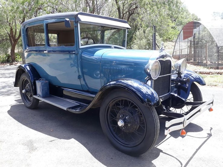 Vintage Cars Online Auction (Complete)